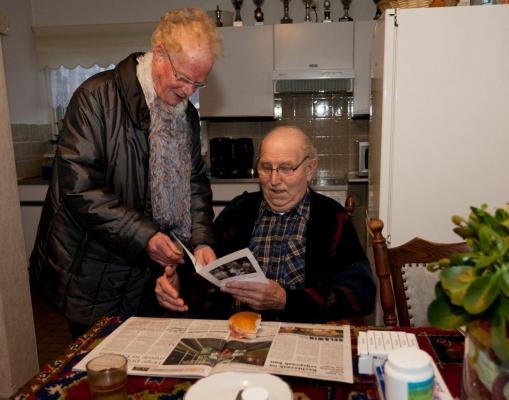 Huisbezoek met kerstwens 13-12-2011 - 001