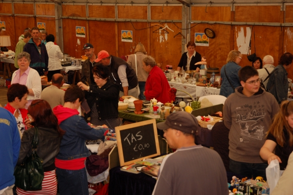 Rommelmarkt 27-8-2011 - 015