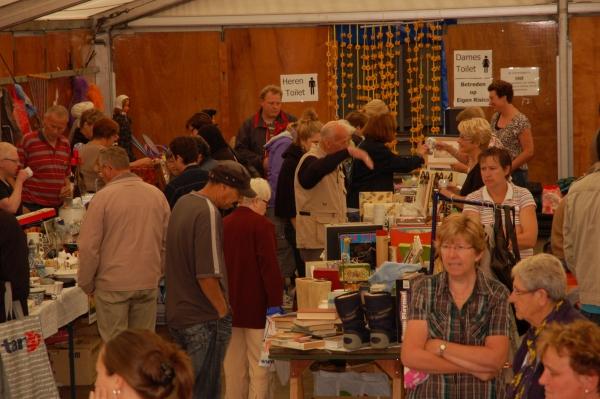 Rommelmarkt 27-8-2011 - 016