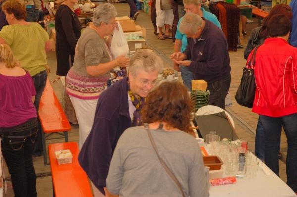 Rommelmarkt 27-8-2011 - 017