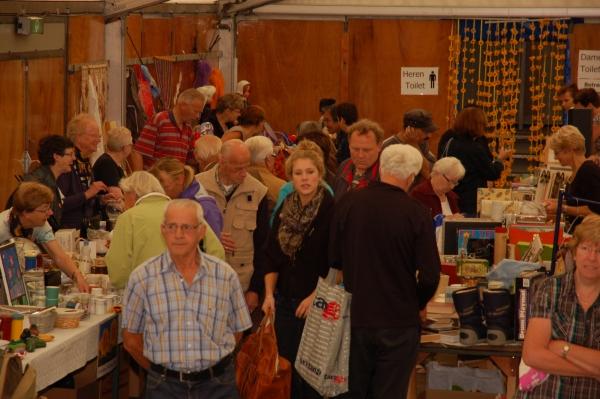 Rommelmarkt 27-8-2011 - 018
