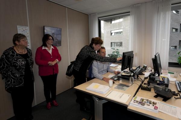 Bezoek nationaal bureau Breda-26-11-2013 - 009