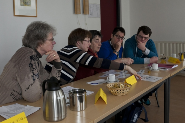Introductiecursus-aan-de-slag-bij-de-Zonnebloem 16-3-2013 - 002