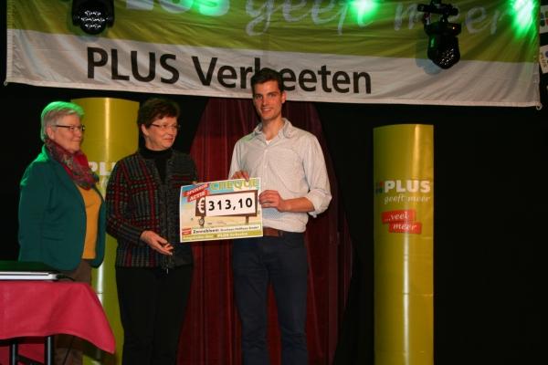 Afsluiting-sponsoractie-plus-verbeeten-overloon-vierlingsbeek-24-02-2014 - 005